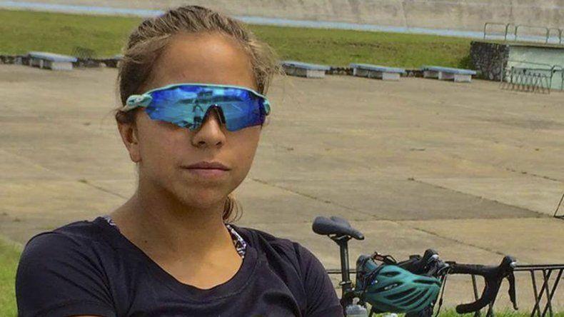 Entre las diez mejores de los Juegos Odesur finalizó la triatleta comodorense Moira Miranda.