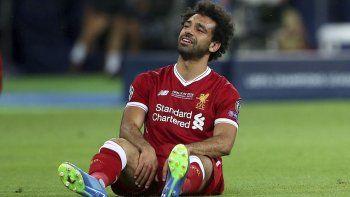 Salah se lesionó en el hombro el último sábado, en la final de la Champions.