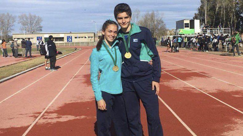 Miranda Recalde y Lucas Lorenzo fueron campeones de vallas en los Juegos Epade.
