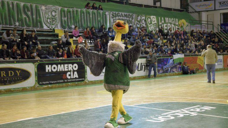 Gimnasia despidió la temporada junto a su público