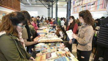 La Feria del Libro Usado propone dos días de fiesta en el Centro Cultural