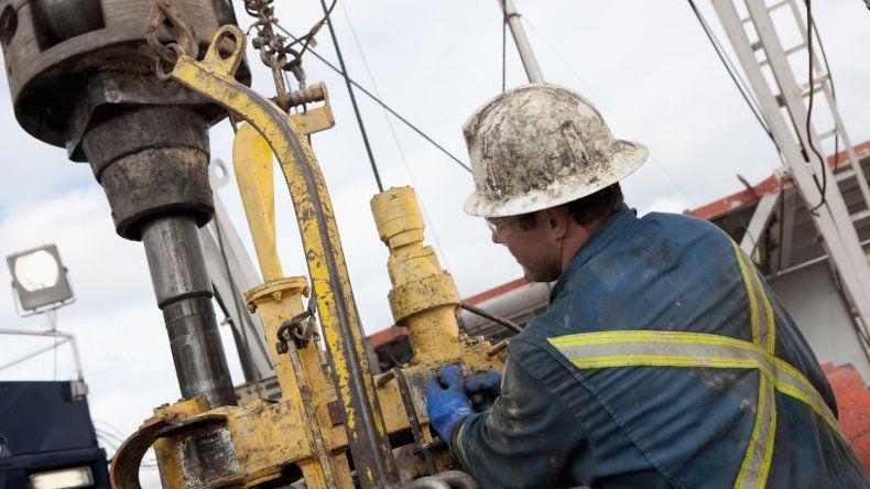 Petroleros firmaron paritaria con 28% de aumento