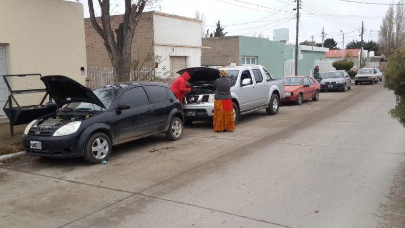 Controlaron agencias y secuestraron automóviles