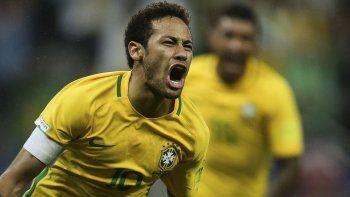 Neymar es la estrella de Brasil, el primer clasificado por eliminatorias al Mundial de Rusia 2018.