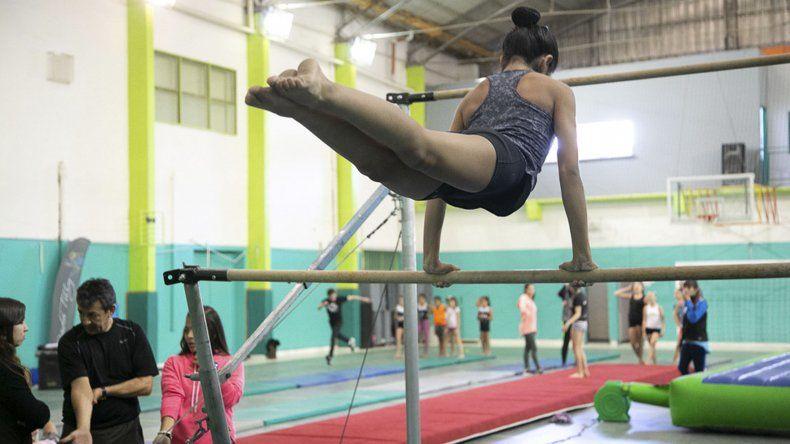 La gimnasia en sus variantes artística y rítmica infantil es parte de las disciplinas que abarcan los Juegos Evita.