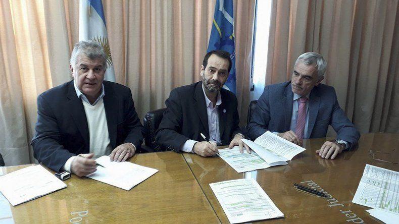 Firman un convenio para terminar  la obra de la Ciudad Judicial