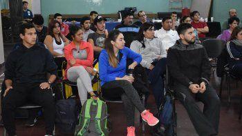 Profesores de Comodoro Deportes se capacitan en prevención de adicciones