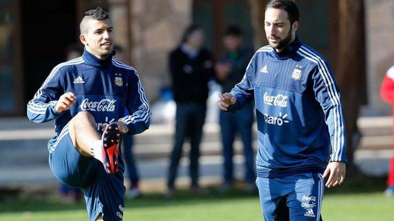 La segunda práctica de Argentina en Rusia tuvo a Salvio y Agüero como titulares