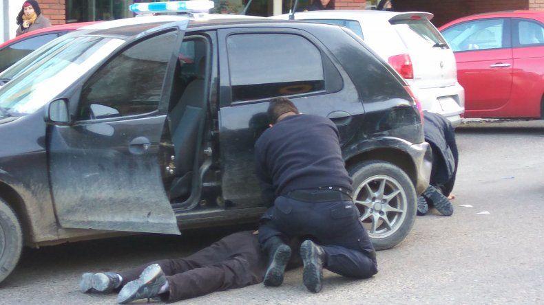 Los sospechosos del robo del sábado fueron perseguidos desde Kilómetro 5 hasta lograr detenerlos en las calles céntricas.