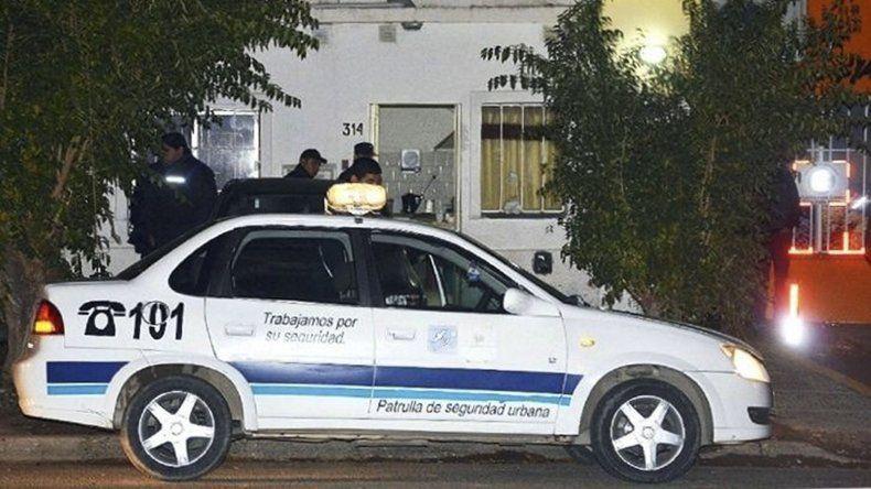 El violento suceso ocurrió en el interior de una casa ubicada en la calle San José Obrero en la madrugada del domingo.