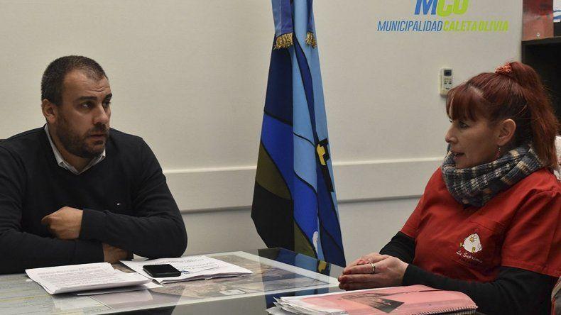 El intendente Facundo Prades se reunió con una referente de la protectora de animales
