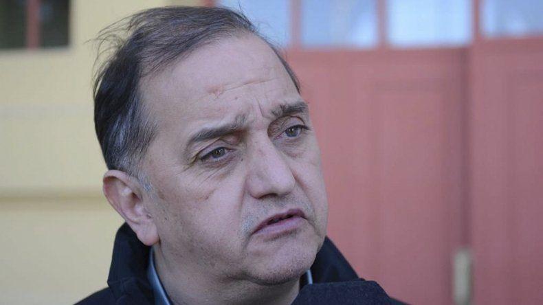 Carlos Linares planteó que el problema de sueldos no es la única dificultad que existe en la provincia.