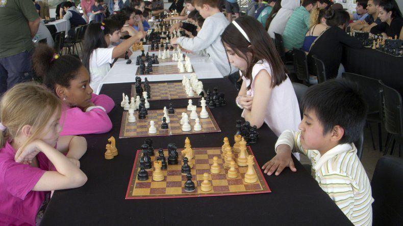 Ajedrecistas de todas las edades participaron en el certamen.