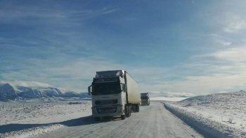 rutas con nieve y hielo: piden circular con precaucion
