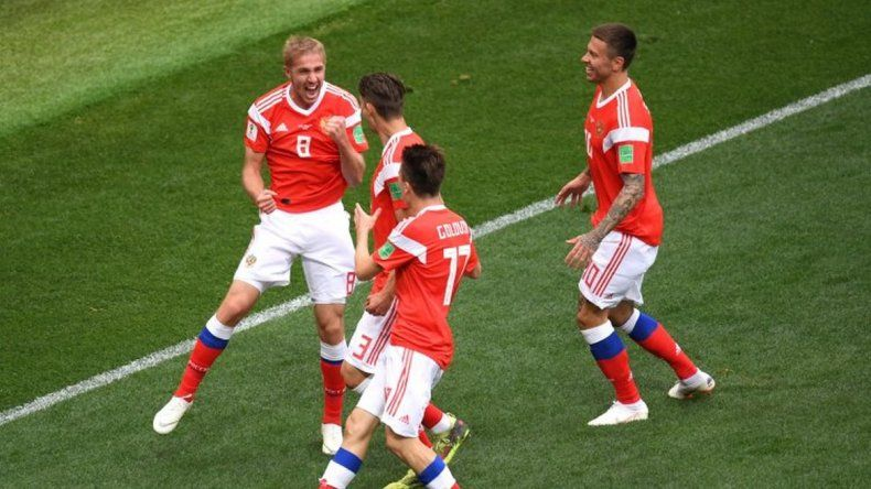Rusia goleó en la inauguración de su Mundial
