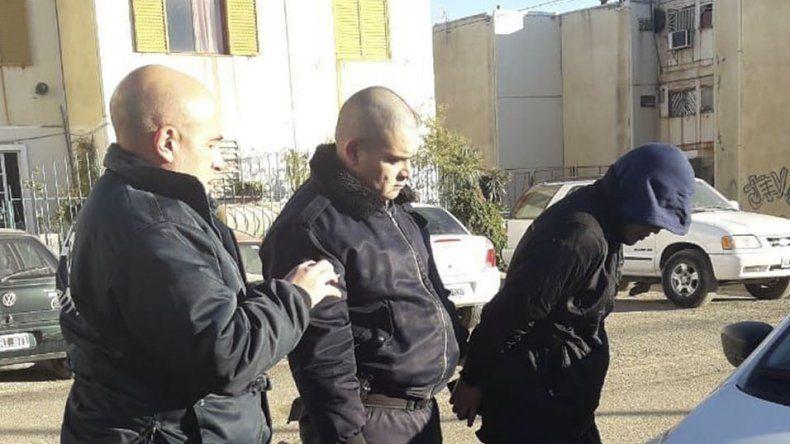 Jonathan Tardón fue detenido ayer por la mañana cuando caminaba por el sector 5 de las 1008 Viviendas.