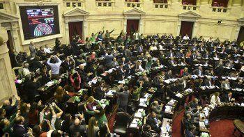 La sesión de Diputados que se inició el miércoles y qued culminó ayer a la mañana con la media sanción del proyecto de despenalización del aborto.