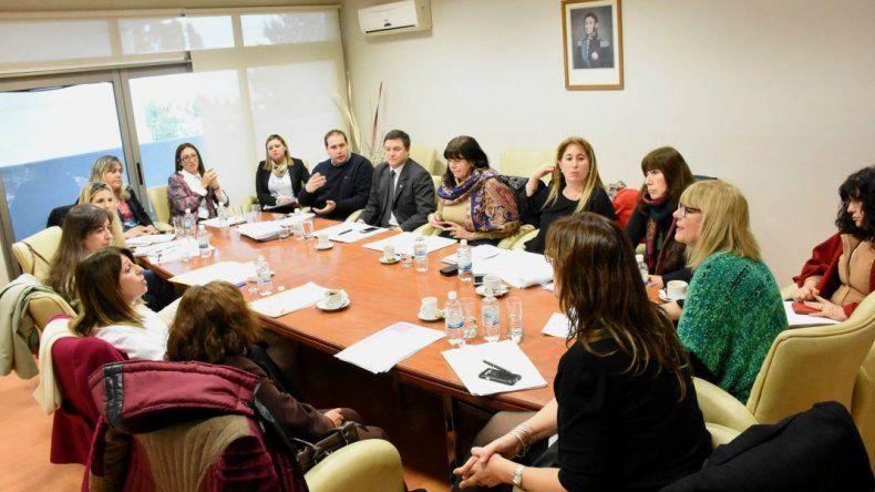 Legisladores y jueces de familia unifican leyes contra la violencia de género