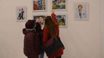 Más de 50 trabajos fotográficos componen la muestra.