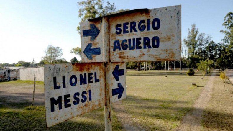 Portal de El Chañar, el barrio en el que las calles se llaman como los jugadores de la Selección