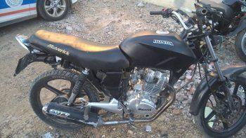 recuperan en el san cayetano una moto robada en el barrio pueyrredon