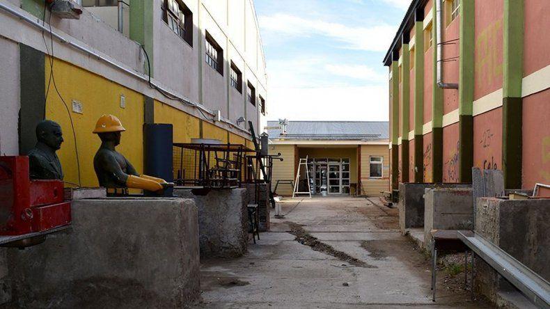 Desratización y desinfección en la Escuela Industrial N° 1