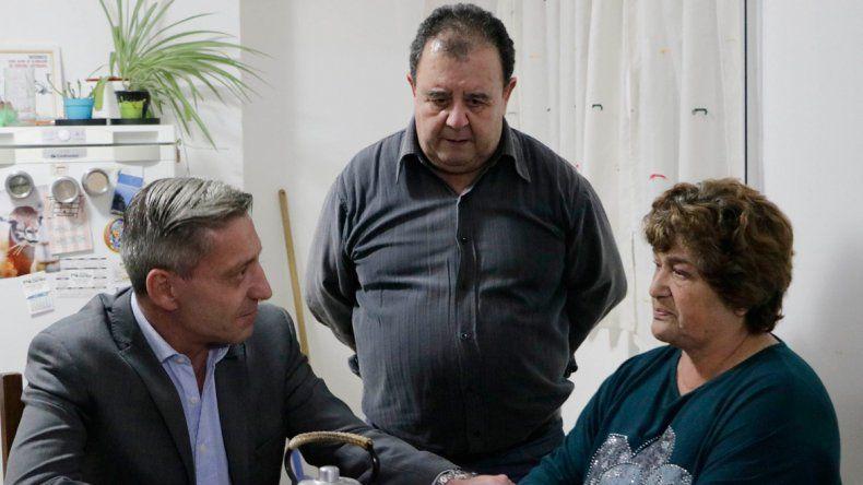 Arcioni ofreció la colaboración del  Gobierno a los familiares del Rigel