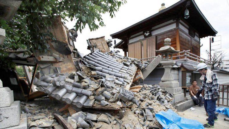 Al menos tres muertos y más de 300 heridos por un terremoto en Japón
