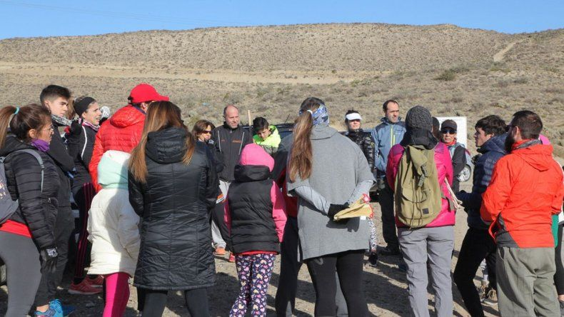 Atletas se unieron para limpiar el Cerro Punta Marqués