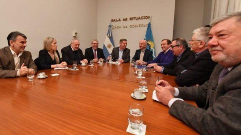 El gobierno informó a diputados la continuidad del pago escalonado