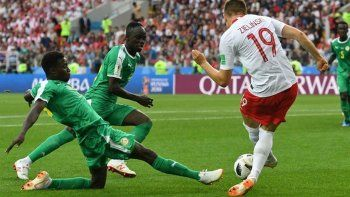 Senegal sorprendió a Polonia con dos goles insólitos