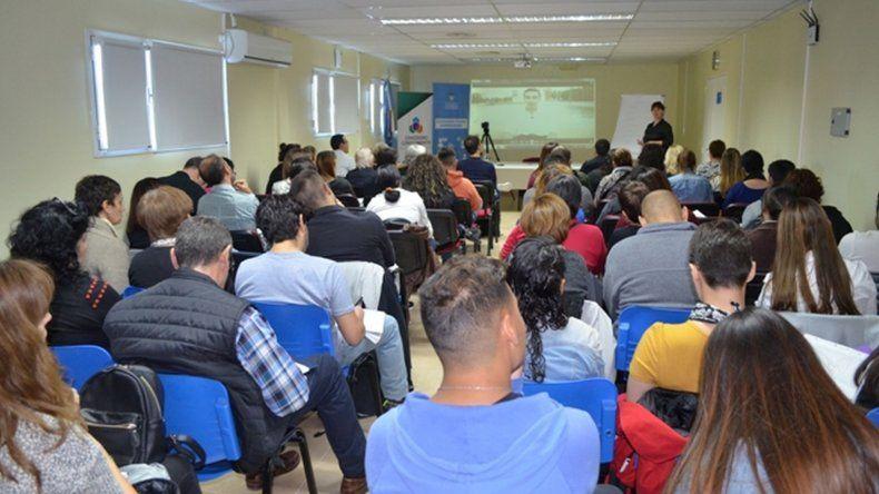 Comodoro Conocimiento y PAE brindarán un curso de Marketing integral Estratégico Operativo