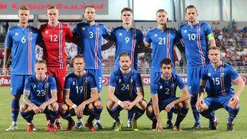 islandia quiere seguir sorprendiendo ante una nigeria necesitada