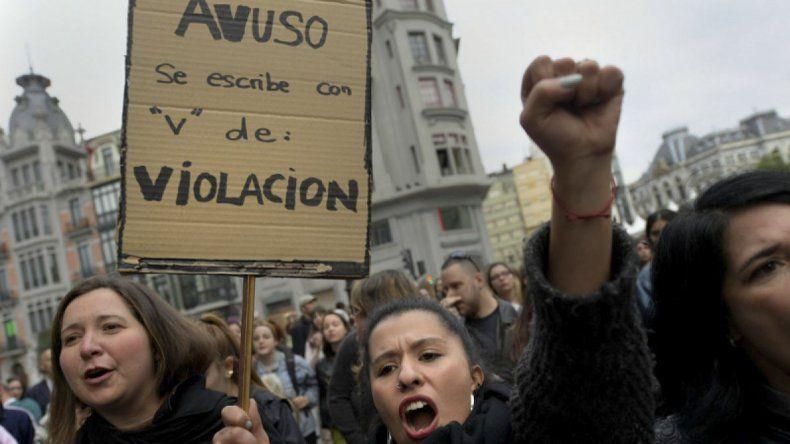 Las protestas se multiplicaron ayer por toda España.
