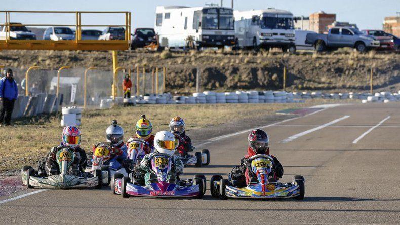 El campeonato de la AKPS disputará el fin de semana la cuarta carrera puntuable de la temporada.
