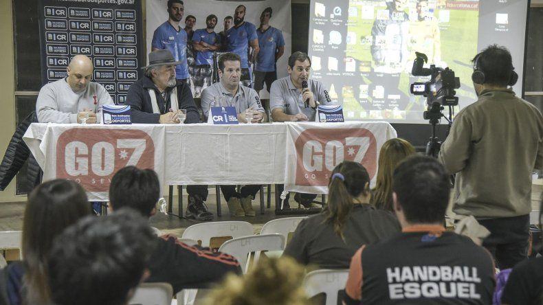 Con la presencia de Dady Gallardo arrancó el 1er Congreso Patagónico de Balonmano