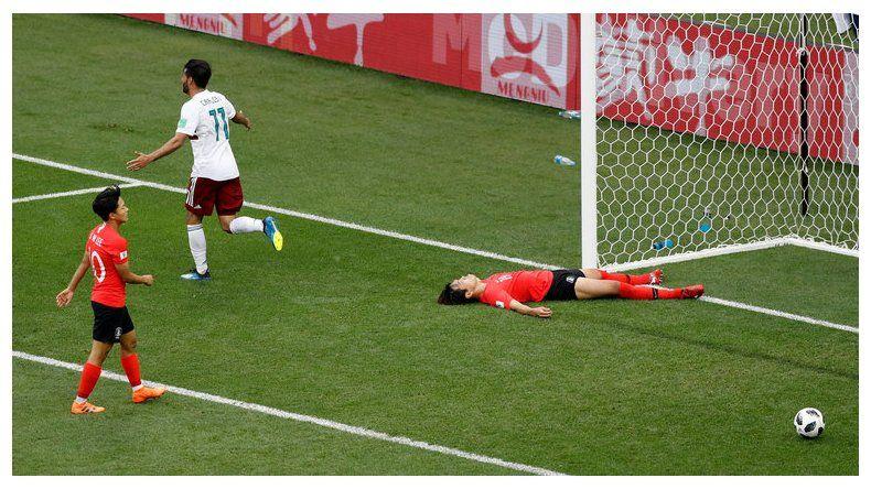 México sumó la segunda victoria en el Mundial pero aún no está clasificado.