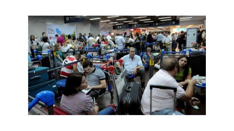 Más de 500 vuelos cancelados por el paro
