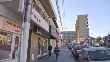 Solo el 10% de los comercios abrió en Chubut