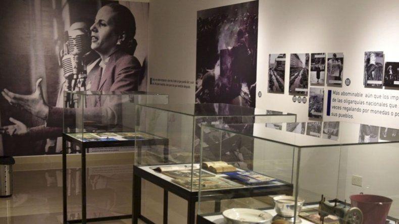 La muestra de Evita estará habilitada durante cuatro semanas en la Sala de Exposiciones de Cañadón Seco.