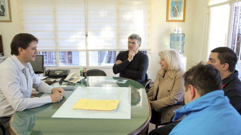 La reunión de Juncos con referentes de Bomberos Voluntarios.