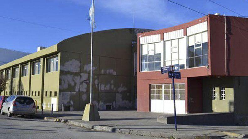 El gimnasio de Aristóbulo del Valle y Viamonte se reforma.