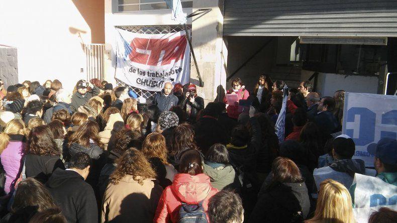 La clase pública que se realizó ayer frente al Concejo Deliberante.