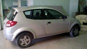 Secuestran automóvil con pedido de captura por estafa