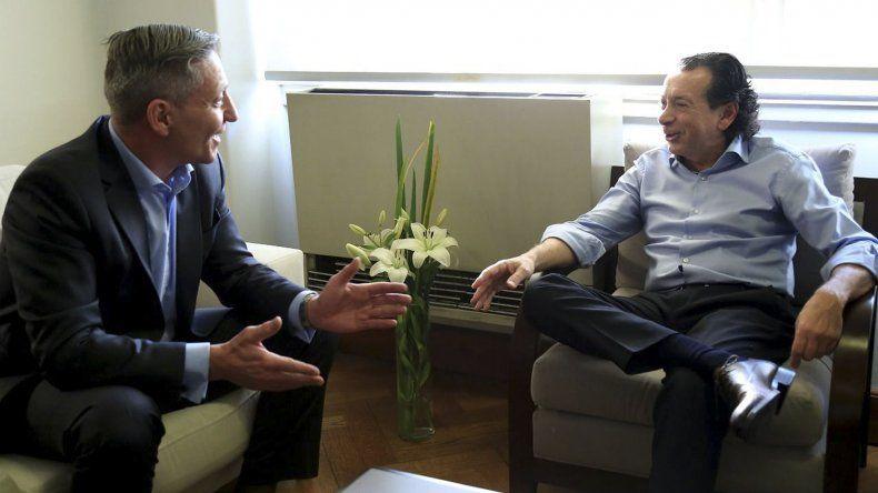 El gobernador Mariano Arcioni ayer se reunió con el ministro de Producción