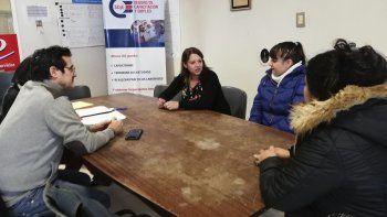 Panadería San Felipe, Balbi SA y Eventos Comodoro son las tres empresas que accedieron al programa para entrenar a jóvenes en distintos puestos de empleo.
