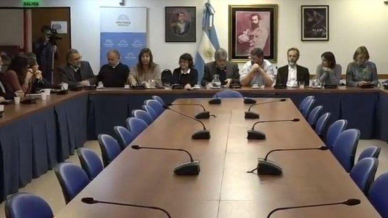Diputados opositores le exigen a Nación que intervenga en el conflicto de Chubut