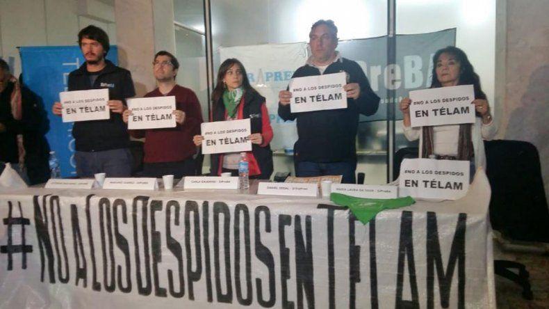 La lucha continúa. Los trabajadores de Télam afirman que con los despidos se busca disciplinar al periodismo.