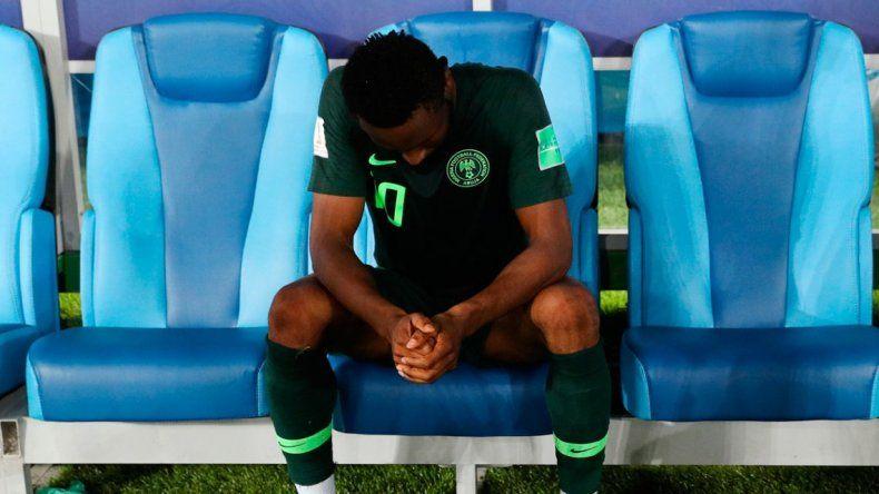 Obi Mikel jugó ante Argentina con su papá secuestrado