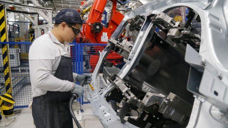 Alarma el déficit comercial
